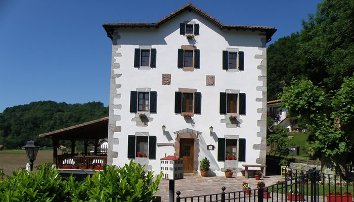 hotel_irigoienea_700x400