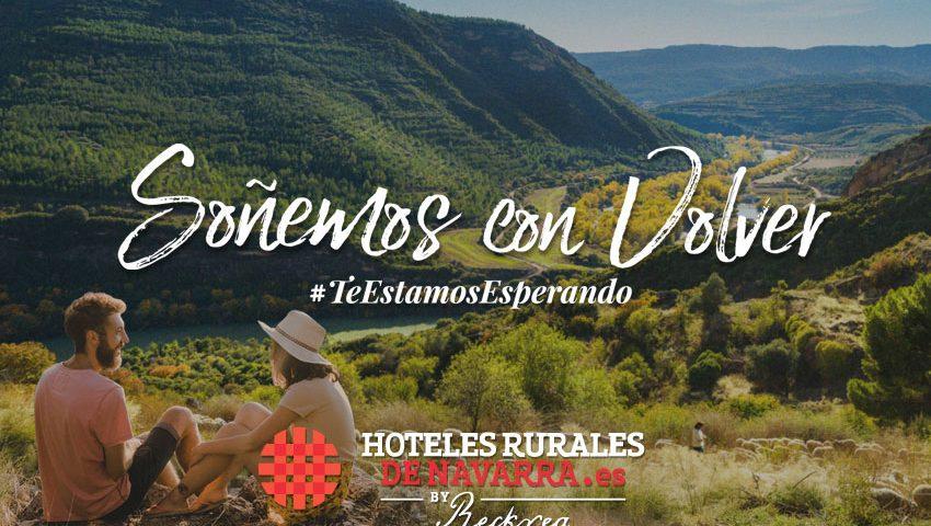 Viajes en pareja escapadas románticas para visitar lugares secretos de turismo rural en hoteles con encanto y viajar por españa en pareja con amigos o con niños